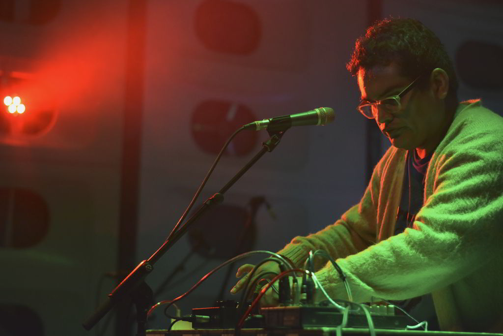 Wilder Gonzales Agreda-Live